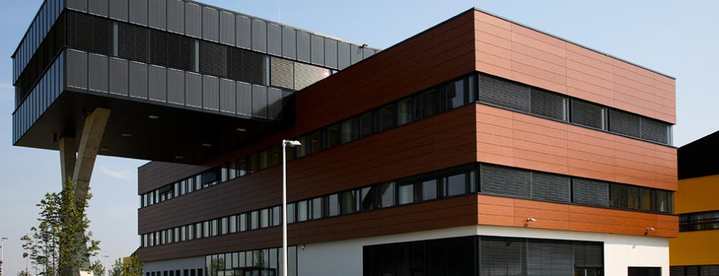 Jalousien Raffstoren Außen Bürogebäude Chemnitz